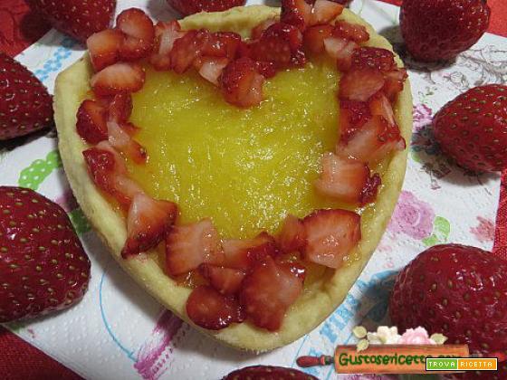 Crostatine fragole e lemon curd