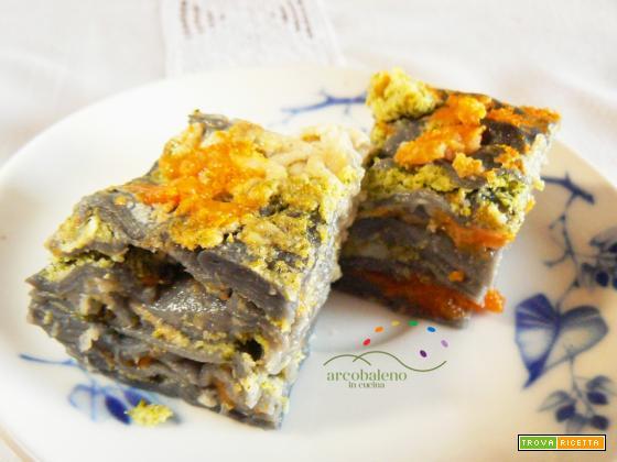 Lasagna Vegana Black colorata con Carbone Vegetale farcita con crema di Zucca Gialla,Broccoli e Finocchi