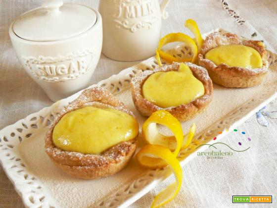 Crostatine di pasta frolla vegana con crema al Limone vegana