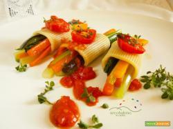 Tuffoli freddi ripieni di  mazzetti verdure estive profumati con crema di Pomodorini caramellati e foglioline di Origano fresco