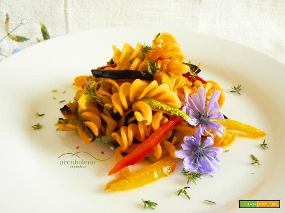 Fusilli di farina di Lenticchie Rosse con mix di verdure grigliate profumate al Timo fresco