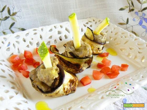 Involtini di Melanzane grigliate farciti con crema di Lenticchie e Zucchina