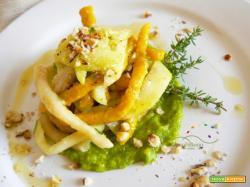 Strozzapreti  bicolore con crema di Zucchine speziata con Timo fresco e  Nocciole tostate