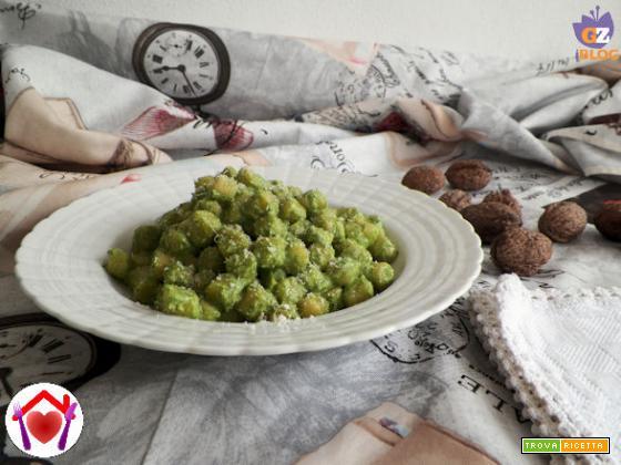 Gnocchetti al pesto di spinaci novelli