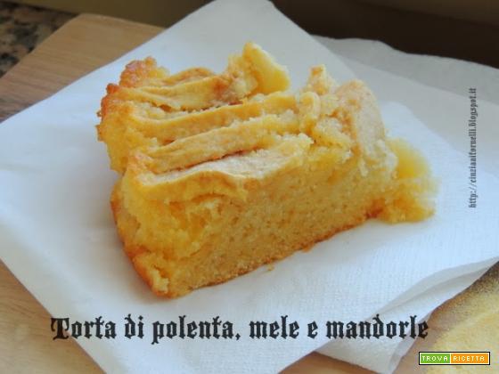 Torta di polenta, mele e mandorle