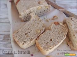 Pane con nocciole