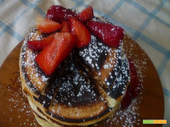 Pancakes ripieni al cioccolato