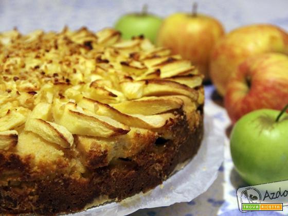 Torta di mele con pane secco