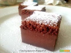 Torta magica al cioccolato in versione light