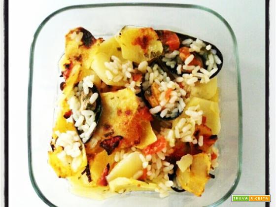 Tiella Pugliese di patate, riso e cozze