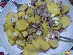 Insalata di patate e tonno-Ricetta sfiziosa | Noi due in cucina