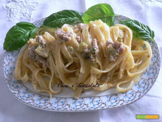 Tagliatelle salsiccia e zucchine   Noi due in cucina