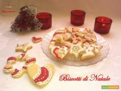 Biscotti di Natale decorati con ghiaccia reale