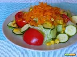 Insalata mista con zucchine