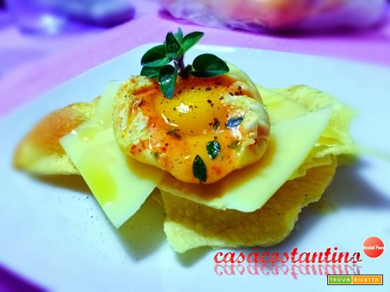 Millefoglie di pane carasau con uovo pochè