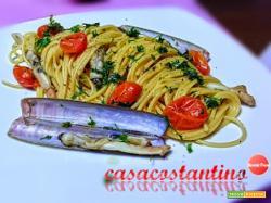Spaghetti cannolicchi di mare e datterino