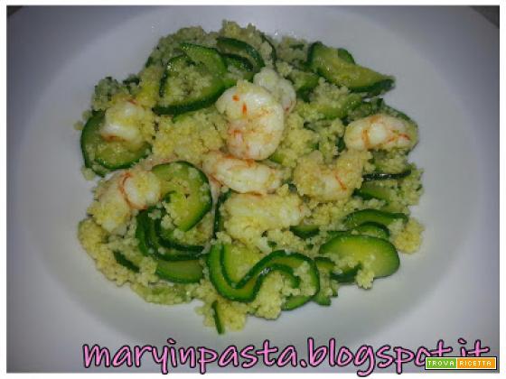 Cous cous con gamberetti e zucchine