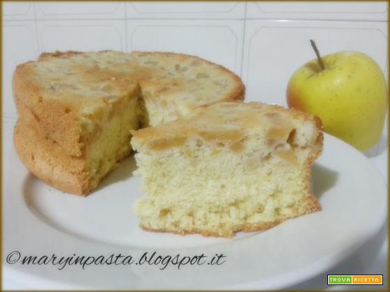 Pan di spagna (ricetta di Iginio Massari) con mele