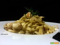 TAGLIATELLE CON CARCIOFI E GAMBERI