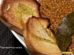 Zuppetta di lenticchie con pomodori pelati