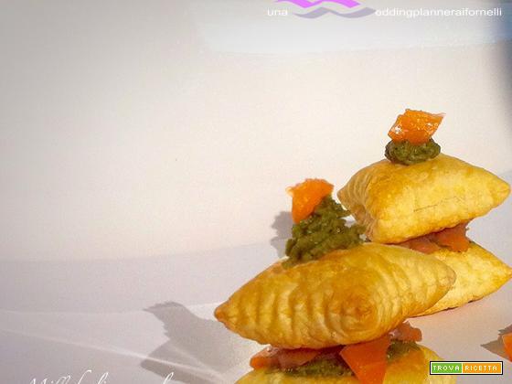 Millefoglie al salmone e patè di pistacchio