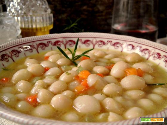 Zuppa di fagioli tondino del Tavo