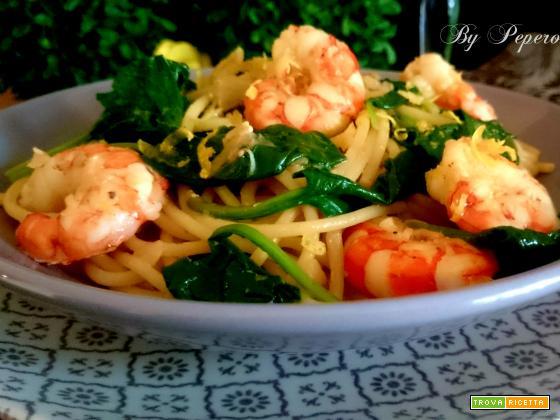 Vermicelli con gamberi e spinaci freschi