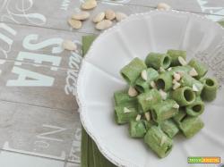 Mezze maniche cremose al pesto di spinaci