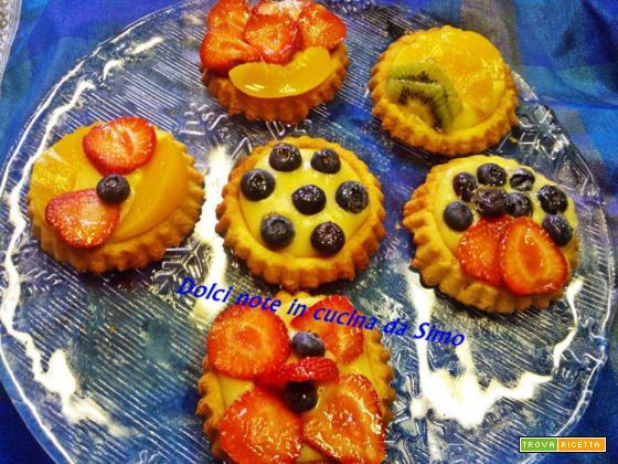 Crostatine alla frutta e crema