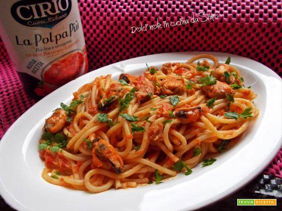 Spaghetti sfiziosi con cozze e tonno