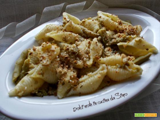 Conchiglie croccanti con fagiolini e olive