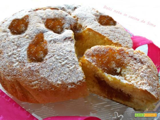 Torta soffice alla panna con marmellata di fichi