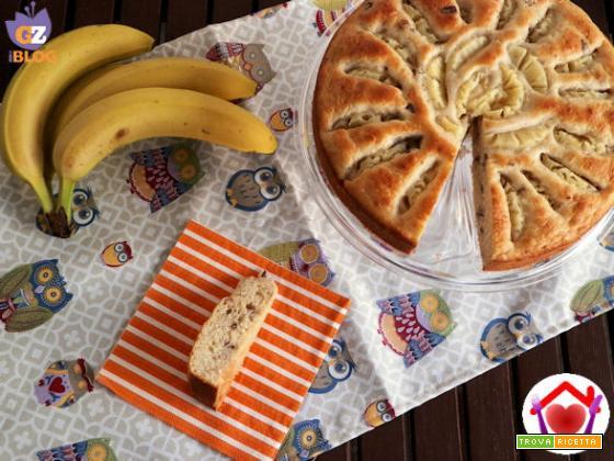 Torta vegana con ananas e banana