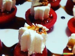 Finger food veloce e leggero: pomodorini e formaggio spalmabile