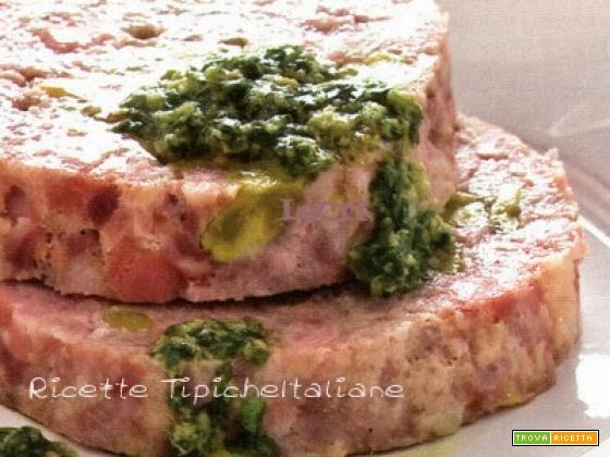 Polpettone ai pistacchi con salsa verde