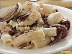 Tortiglioni al radicchio e Camembert