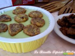 Crema di asparagi con crostini