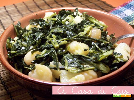 Patate e broccoletti in padella