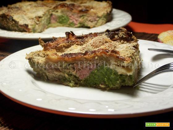 Pizza di carne e spinaci