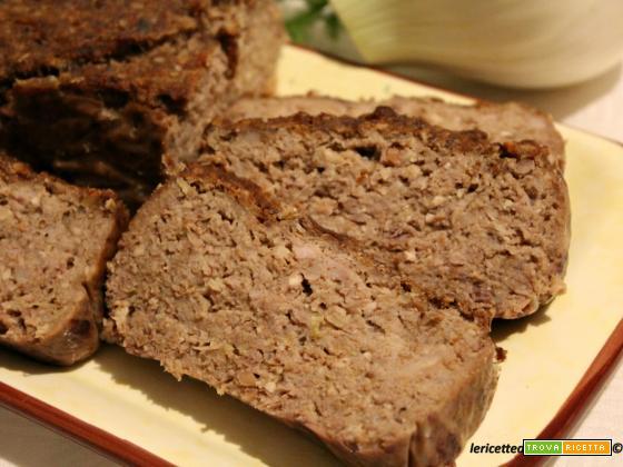 Polpettone di carne con finocchi, noci, riso basmati e salsa di soia al aceto balsamico
