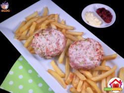 Hamburger di tacchino, mortadella e olive