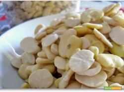 Crema di fave secche con timo selvatico della mia amica blogger Sara di Annonelbosco.blogspot.com