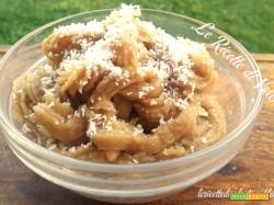 Crema al cocco senza latte e uova, da gustare al cucchiaio o per guarnire i vostri dolci