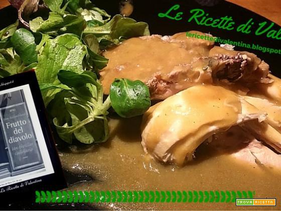 MANGIA CIO' CHE LEGGI # 60: Poularde Farcie con vitello e pere nella slow cooker ispirate da Frutto del diavolo di Tom Hillenbrand