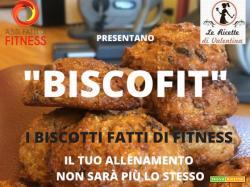 Ultimo appuntamento con le colazioni Fatte di Fitness: BISCOFIT....biscotti morbidi senza uova e burro allo yogurt e gocce di cioccolato