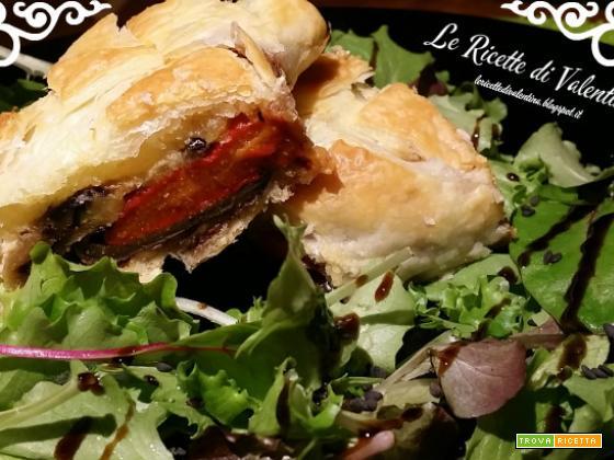 Strudel salato con gli avanzi: verdure grigliate, caprino e patè d'olive