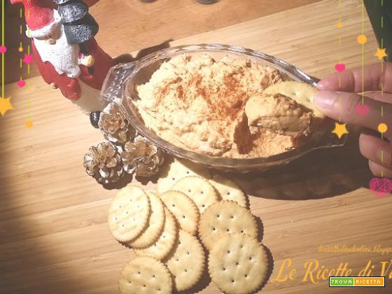 Crema di salmone per inzuppare crostini e patatine nei buffet delle Feste