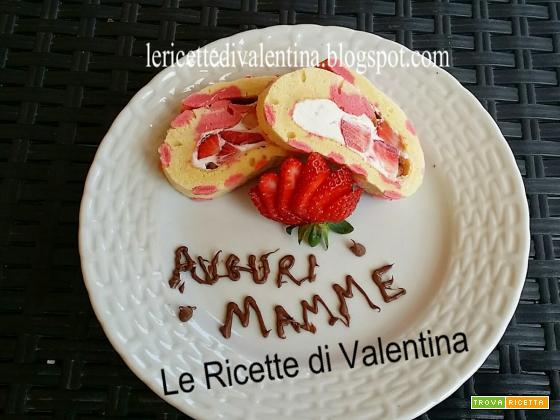 Buona festa della Mamma: Rotolo di pasta biscotto a pois con cheese frosting e fragole