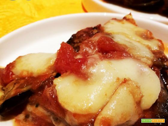 Parmigiana di melanzane light: leggera e gustosa
