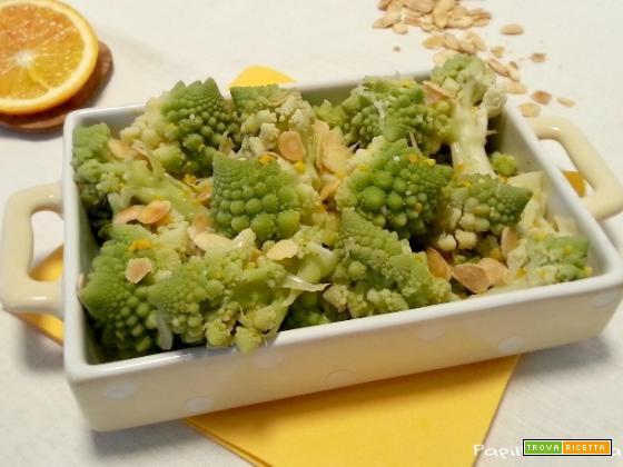 Broccolo romanesco arancia e mandorle tostate